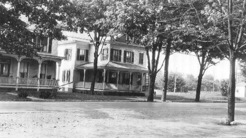 Burt McNomee Home (Where Alpha Jewelers was and Nail Salon)
